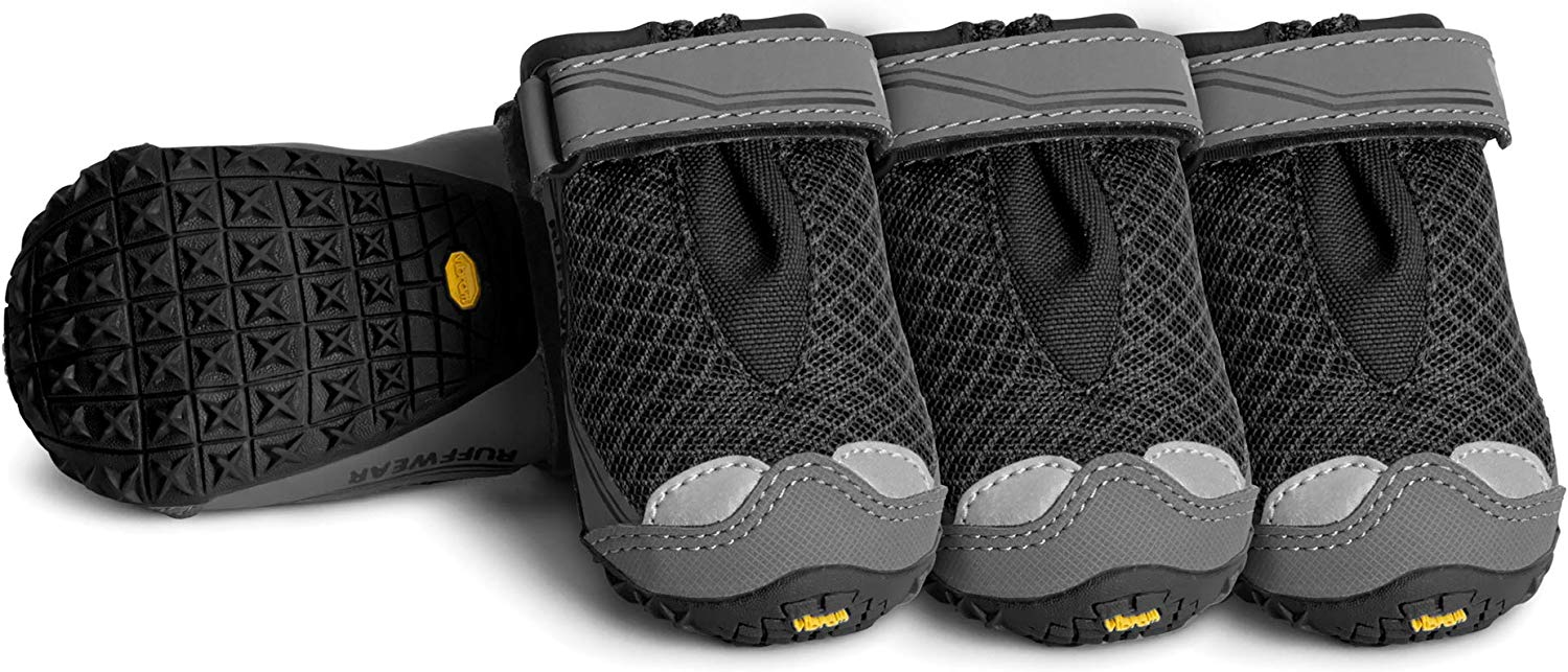 dog boots ruffwear,best for hiking,snow,winter,rain,amazon,petco,petsmart,that stay on,for hiking,rubber,petsmart,waterproof,summer,small,walmart,diy,for hunting,with traction